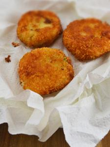 Korokke (Japanese potato croquettes)