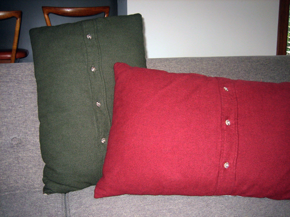 Cushions backs men's shirts