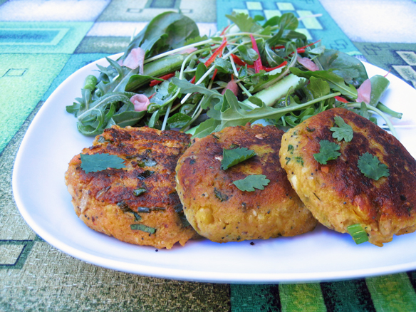 Spiced pumpkin, chickpea and cashew patties