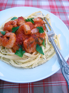 Pasta sauce with chilli prawns