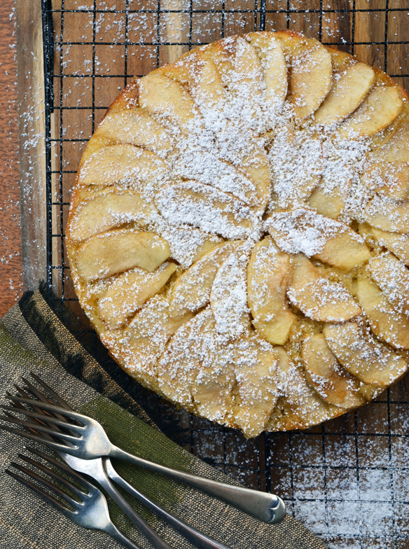 Apple coconut and lime cake