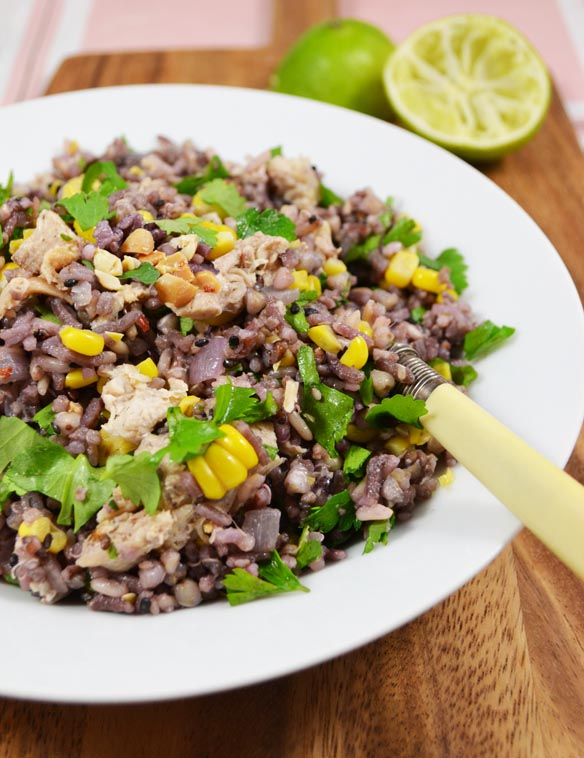 Mixed rice salad with pork and peanuts